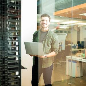 Administrationsdienstleistungen, Datenschutz, Reparaturarbeiten, Service- und Wartungsverträge, IT-Abteilung, Desktop-Virtualisierung, Druckerkonsolidierung