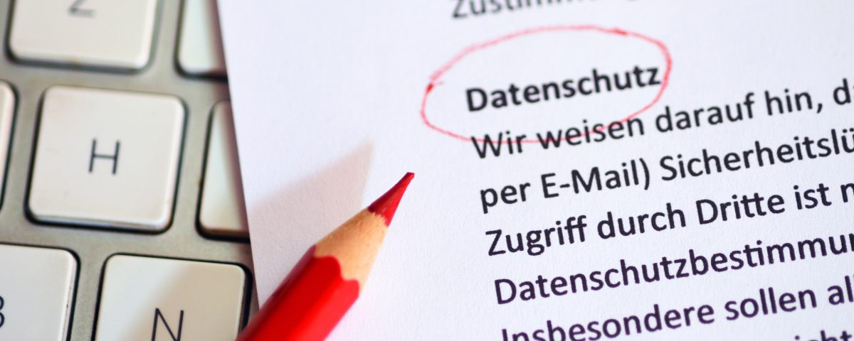 IT-Grundschutz, Netzwerk, Server, Vor-Ort-Service, Remote Support, Hotspot, Business Connection, Fernwartung, Ticketsystem, Newsletter, Problembeseitigung
